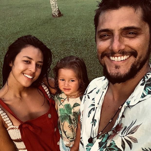 Yanna Lavigne, Madalena e Bruno Gissoni (Foto: ReproduçãCaleb McLaughlin e sua barbao Instagram)