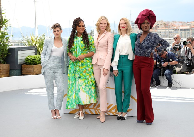 Kristen Stewart, Ava DuVernay, Cate Blanchett, Léa Seydoux e Kahdja Nin (Foto: Getty Images)