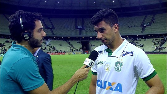 Renan Oliveira diz que América-MG procurou marcar e sair nos contra-ataques no 2º tempo
