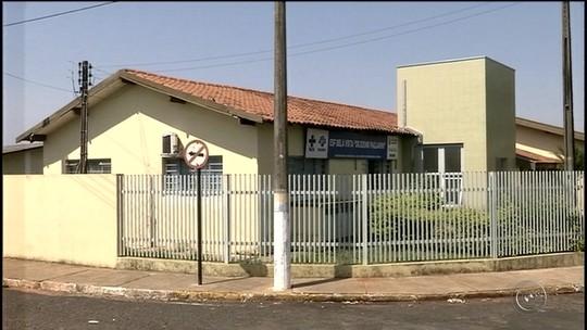 Criminosos furtam eletrônicos e defecam em unidade de saúde no interior de SP