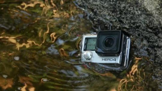 GoPro Hero 3+ Black ou Sony Action Cam? Veja qual câmera se sai melhor