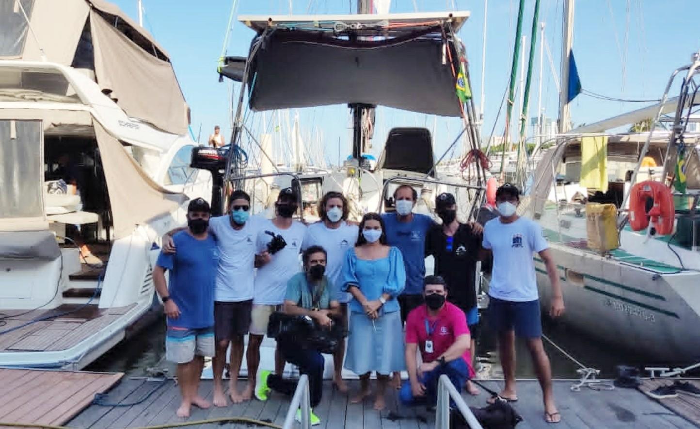 Pesquisadores participam da Regata Recife-Fernando de Noronha com missão ecológica