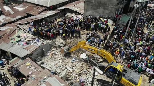 Na Nigéria, pelo menos 12 morreram no desabamento de um prédio em operava uma escola