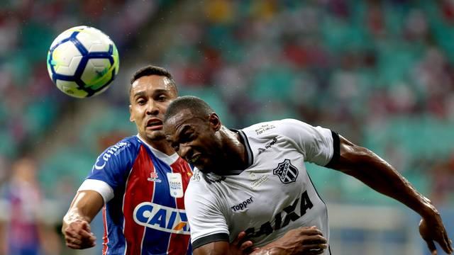 Bahia e Ceará se enfrentam na Arena Fonte Nova