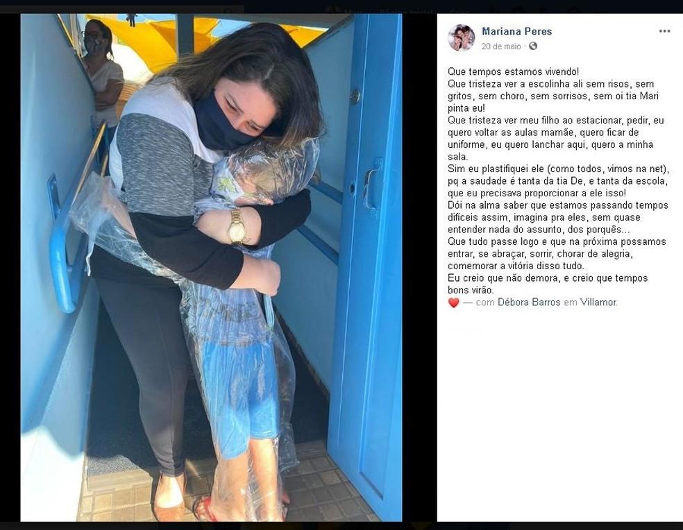Mariana fez uma postagem com a foto do abraço do filho em Jaú  — Foto: Facebook/ Reprodução