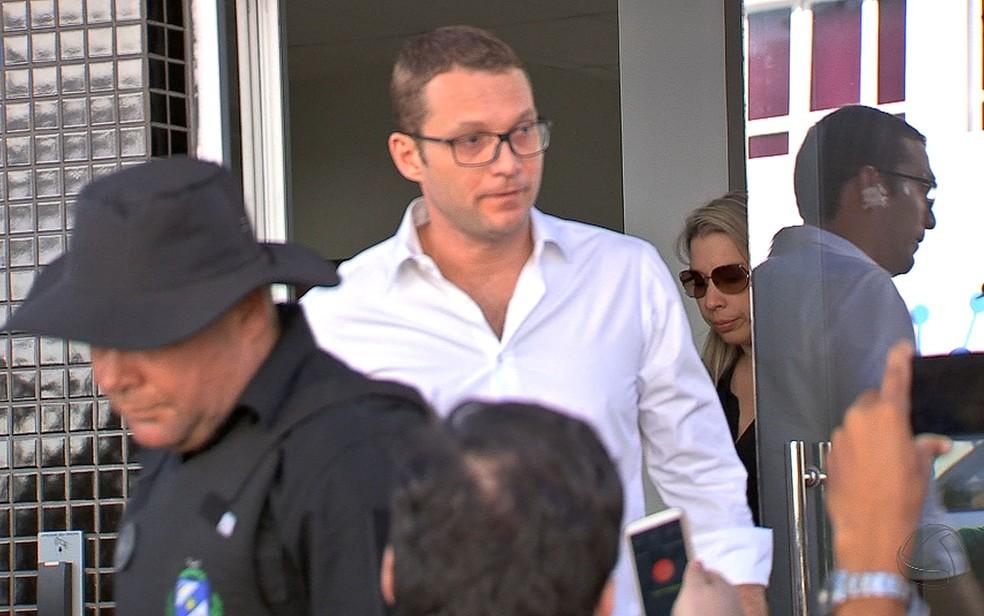 Segurança de Guilherme Maluf teria intimidado Giovani Guizardi (na foto) após a prisão do empresário (Foto: Reprodução/TVCA)