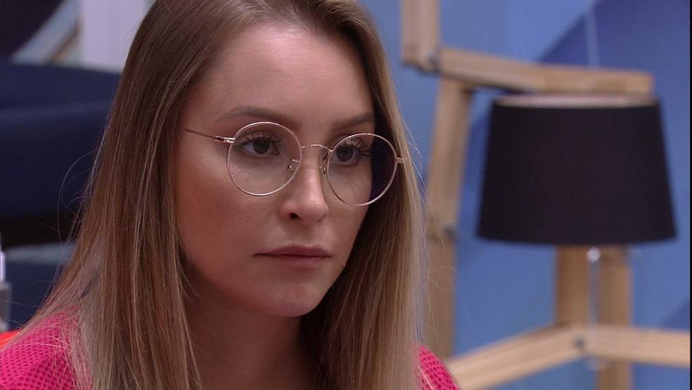 Carla Diaz critica veto que Arthur deu em prova e lhe fala: 'Só abre seu olho' — Foto: Globo