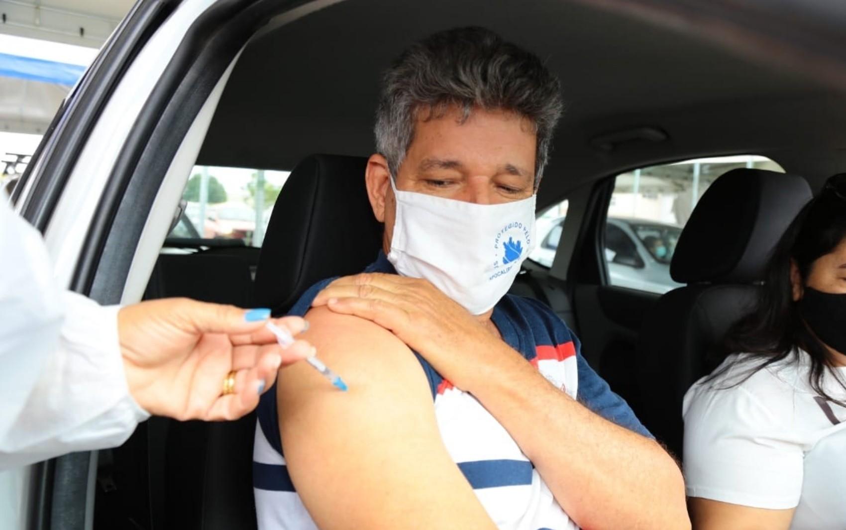 Aparecida de Goiânia segue vacinando moradores a partir de 28 anos contra a Covid-19