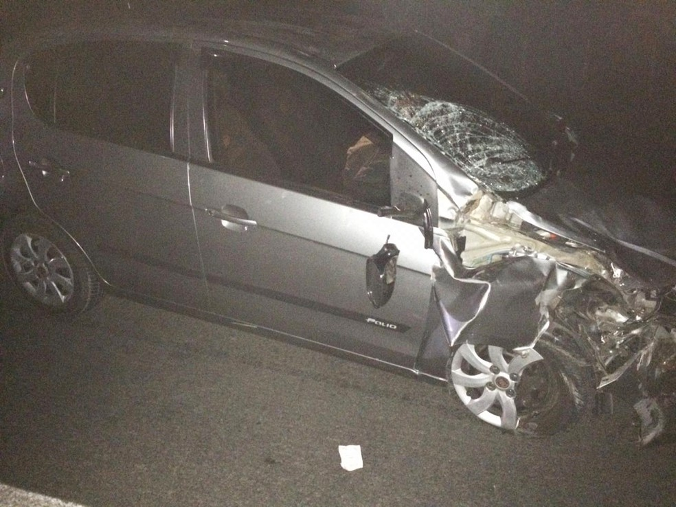 Motorista do carro fugiu do local do acidente — Foto: Site Bahia 10