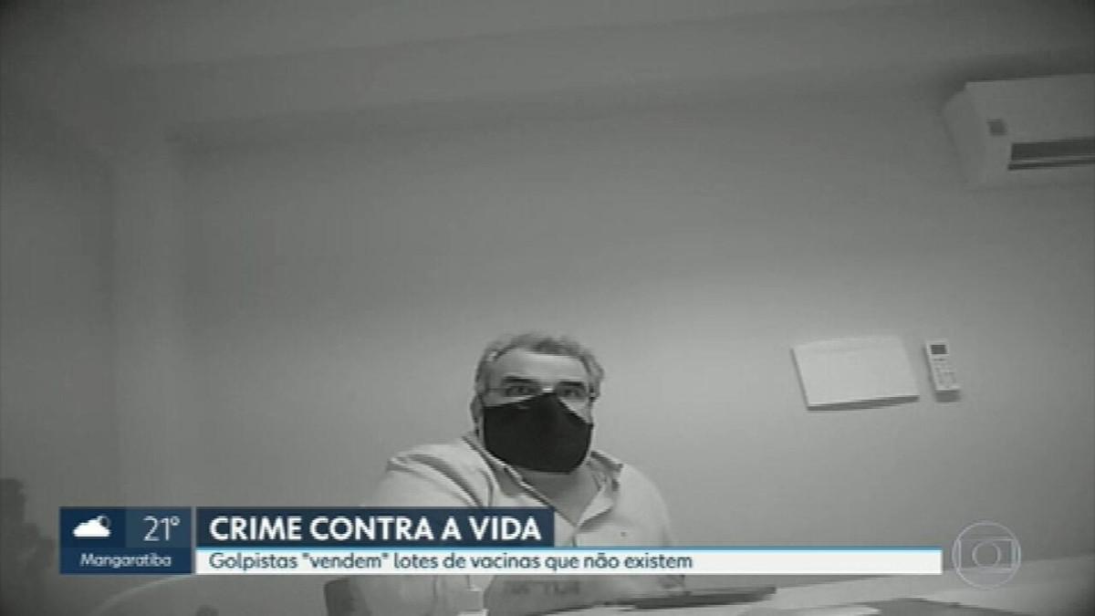 Operação mira golpe em oferta de vacina contra a Covid; polícia diz que  20 prefeituras podem ter sido lesadas