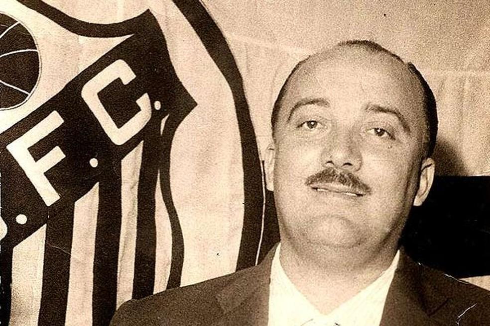 Luiz Alonso Perez, o Lula, conquistou diversos títulos pelo Santos — Foto: Site oficial do Santos