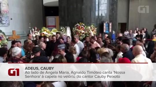 Agnaldo Timóteo canta 'Nossa Senhora' no velório de Cauby Peixoto