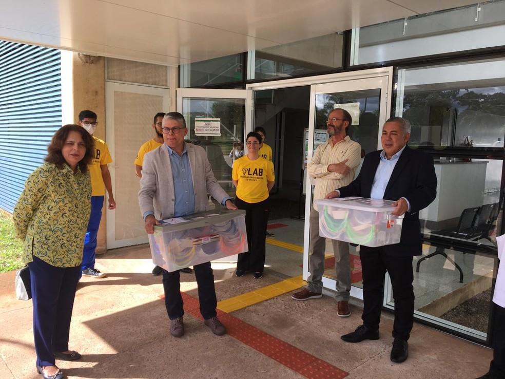 Professores da UnB doam máscaras de proteção ao Hospital Regional da Asa Norte — Foto: Divulgação
