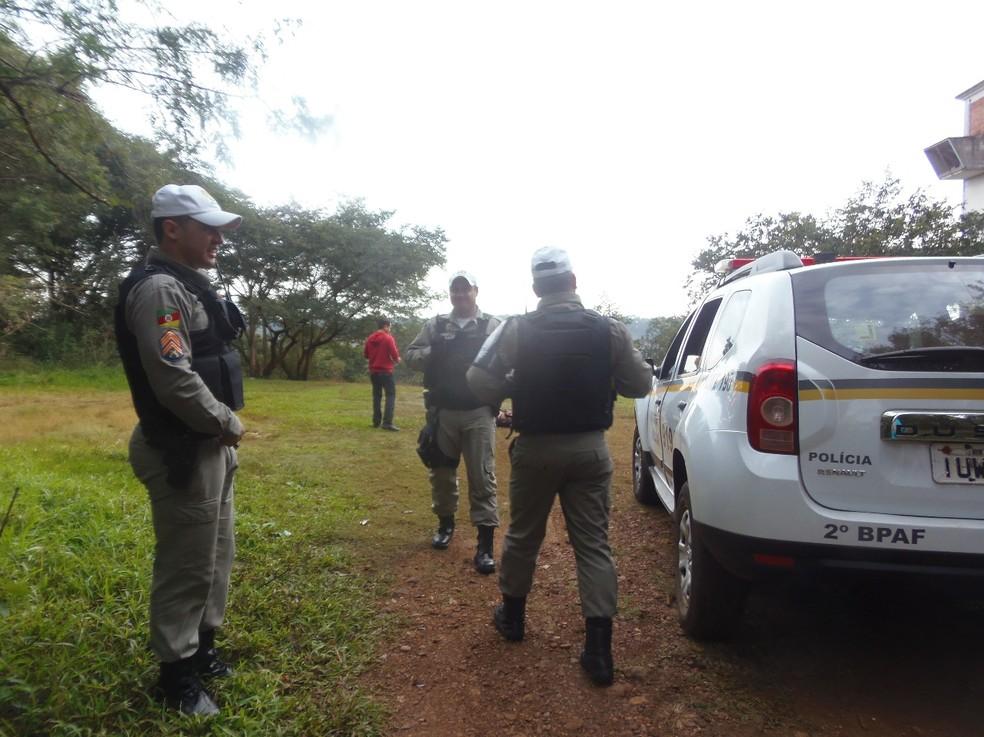Corpo de Thalia Costa Barboza foi encontrado na manhã de quinta-feira (21) às margens do Rio Uruguai, em São Borja (Foto: Gelci Saraiva/Folha de São Borja)