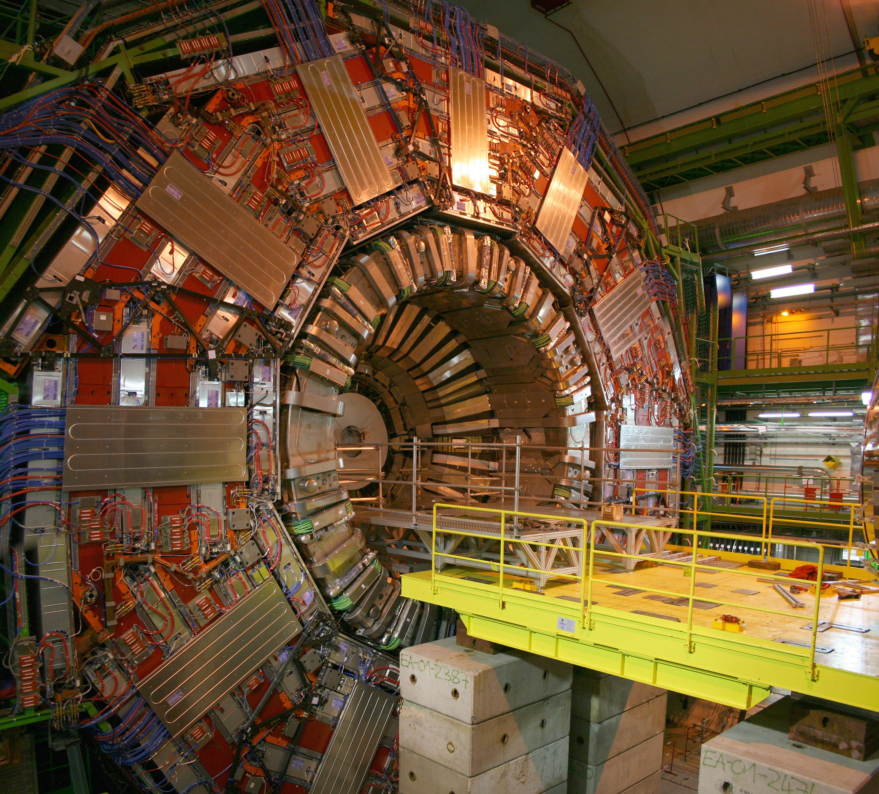 Compact Muon Solenoid (CMS) do CERN (Foto: User:Eetwartti/Wikimedia Commons)