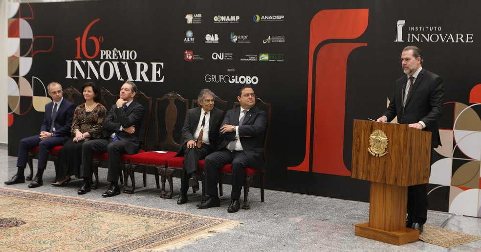 O presidente do Supremo Tribunal Federal, Dias Toffoli, durante a cerimônia de lançamento do prêmio Innovare — Foto: Nelson Jr./SCO/STF