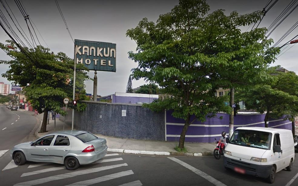 Homem foi preso em flagrante suspeito de matar travesti em motel — Foto: Reprodução/Google Street View