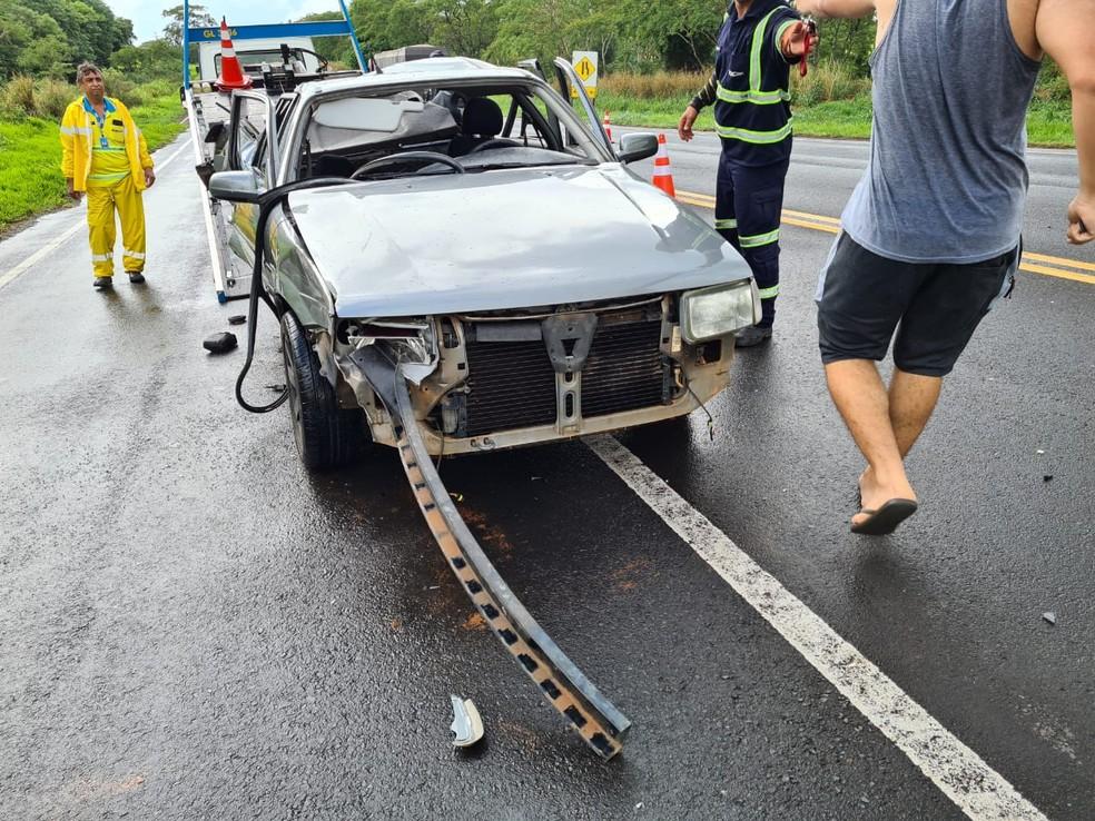 Acidente aconteceu na SP-294 no distrito de Universo, em Tupã — Foto: João Trentini/Divulgação