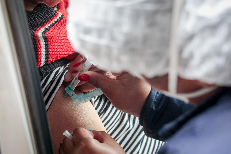 Calendário de vacinação contra a Covid: saiba quem pode ser vacinado no RS