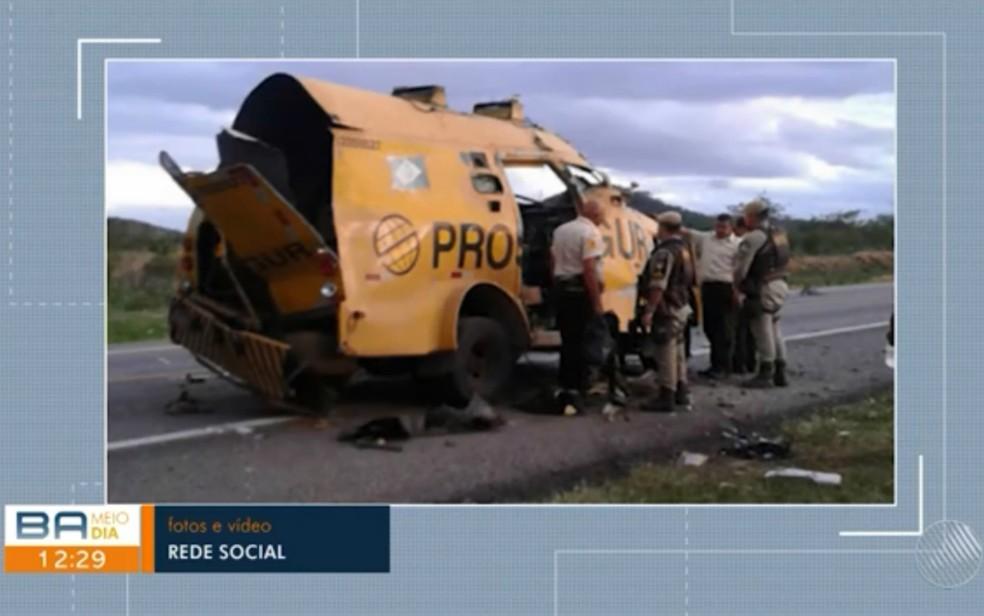 Um segurança foi morto e outros dois ficaram feridos após ataque ao carro-forte — Foto: Divulgação/TV Bahia
