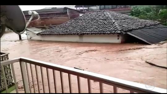 Cidades mineiras sofrem com inundações e deslizamentos de terra após fortes chuvas