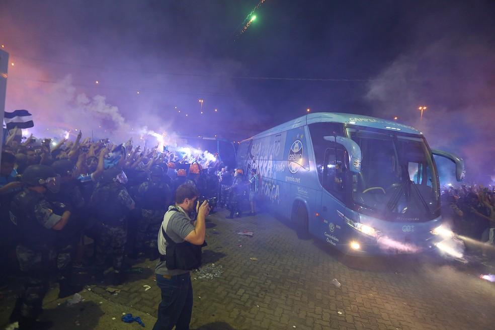 Tricolor teve problemas para chegar na Arena ano passado (Foto: Lucas Uebel/Grêmio/Divulgação)
