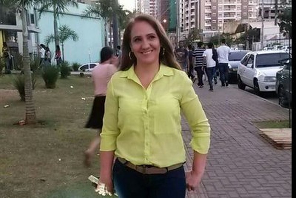 Servidora pública foi morta pelo marido com seis tiros em propriedade rural de Theobroma. — Foto: Facebook/Reprodução