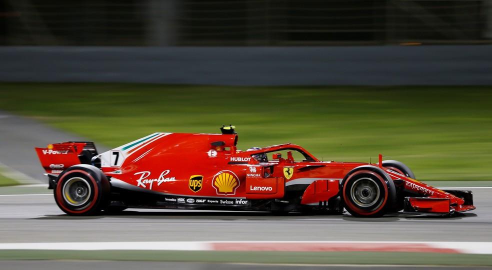 Raikkonen acelera Ferrari SF71H no Barein (Foto: Reuters)
