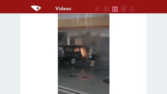 Carro pega fogo dentro de posto de combustíveis em Vila Velha, ES