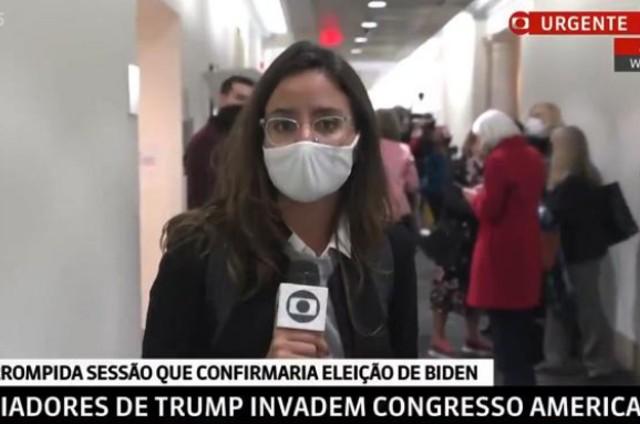 Raquel Krähenbühl durante a cobertura da invasão ao Capitólio, na GloboNews (Foto: Reprodução)