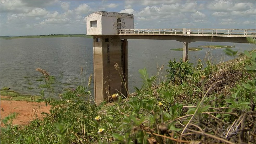 Chuvas de março ficam abaixo da média e maiores açudes do Ceará seguem com baixo volume de água (Foto: TV Globo/Reprodução)