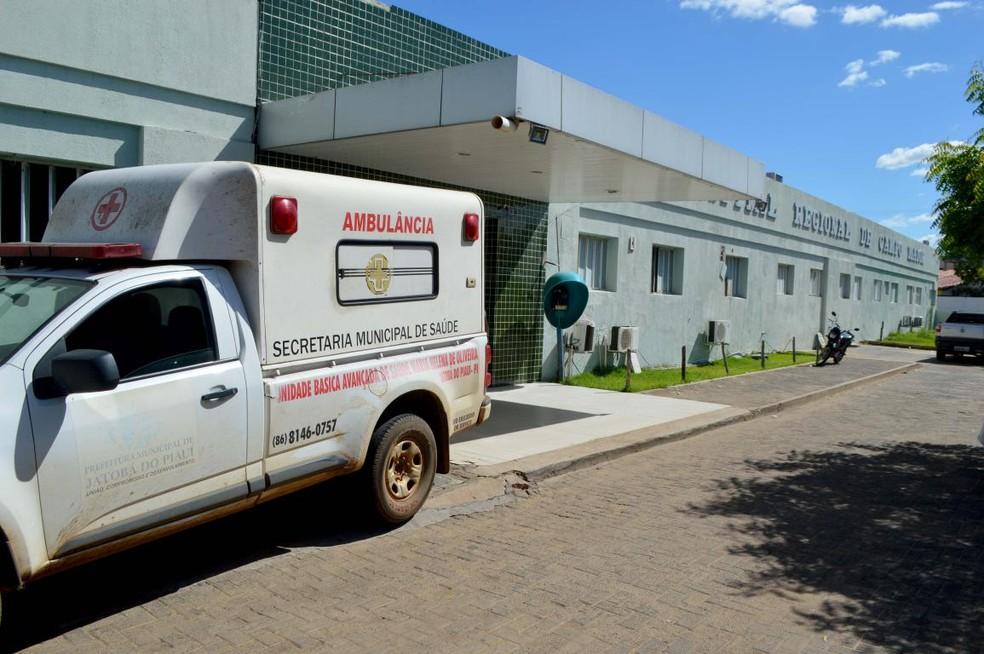 Corpo da menina foi levado para o Hospital de Campo Maior, para o registro do óbito. — Foto: Arquivo Portal de Olho