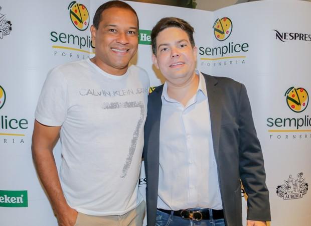 O ex-jogador de futebol Müller e o Daniel Fernandes (Foto: Foto: Leco Viana/ The News 2/Divulgação)