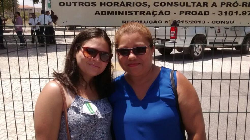 Maria Estela da Costa tenta o curso de medicina aos 51 anos (Foto: Ranniery Melo)