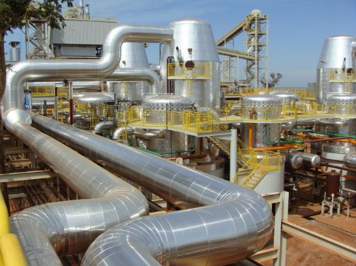 Resultado de imagem para 13 indústrias já cumprem a última etapa no processo de certificação no RenovaBio