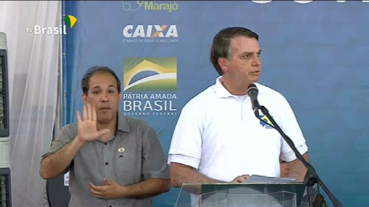 """Bolsonaro: """"O auxílio emergencial não é para sempre"""""""