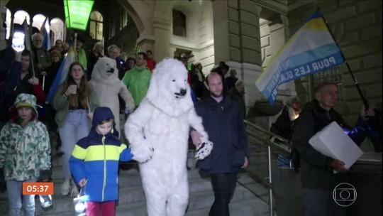 Suíça vira palco de manifestações contra as mudanças climáticas