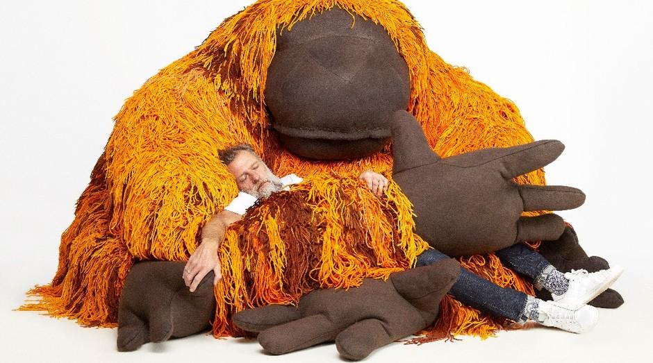 Porky Hefer e seu orangotango gigante (Foto: Divulgação)
