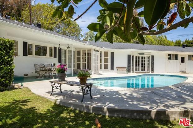 Casa de Priscilla Presley (Foto: Reprodução / MLS)