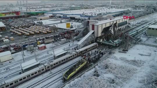 Acidente com trem de alta velocidade deixa mortos e dezenas de feridos na Turquia