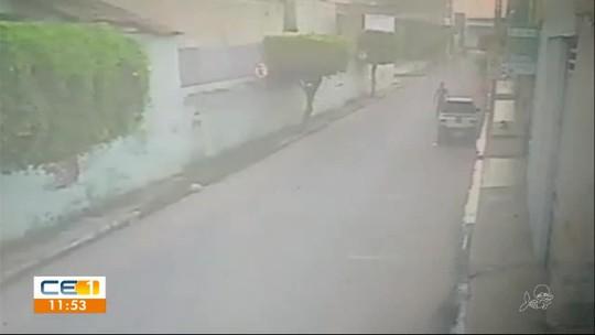 Homem incendeia carro após discussão e é atingido pelas chamas em Aurora, no Sul do Ceará