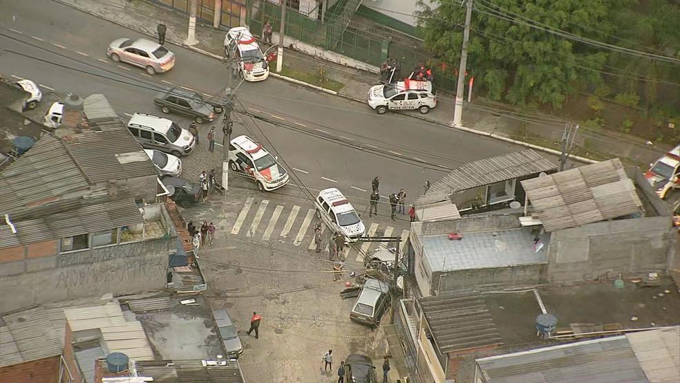 Homem morre após perseguição policial e troca de tiros na Zona Norte de SP — Foto: Reprodução/TV Globo