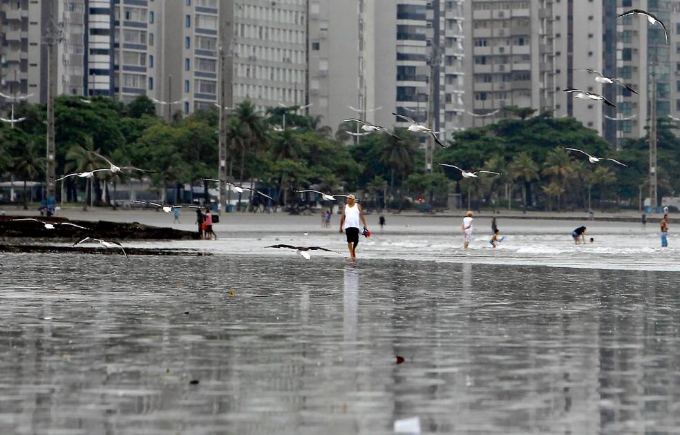 Clima ameno nesta sexta-feira (16), em Santos — Foto: Vanessa Rodrigues/A Tribuna de Santos