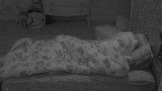 Todos os confinados dormem no BBB18
