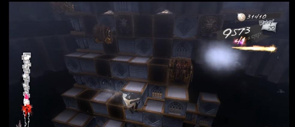 Catherine coloca o jogador em uma corrida em uma montanha de caixas — Foto: Reprodução/Catherine