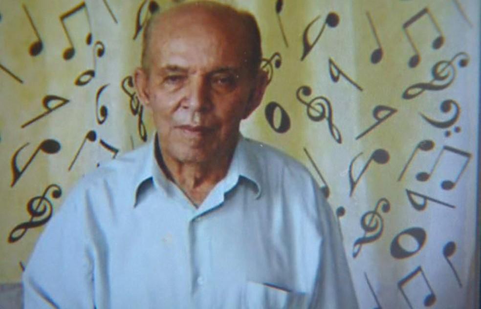 Aos 80 anos, o aposentado João Martins Faustino foi atropelado na calçada e não resistiu em Ribeirão Preto, SP (Foto: Arquivo pessoal/Divulgação)