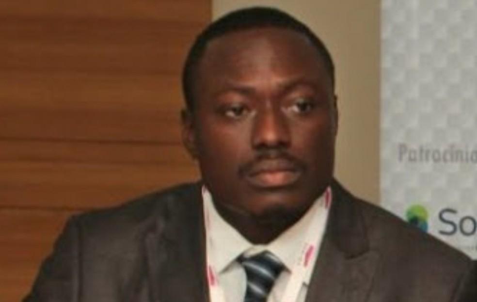 Olúségun Akinruli é acusado de sequestrar a filha e desaparecer na Nigéria — Foto: Laurimar Pires/Arquivo pessoal