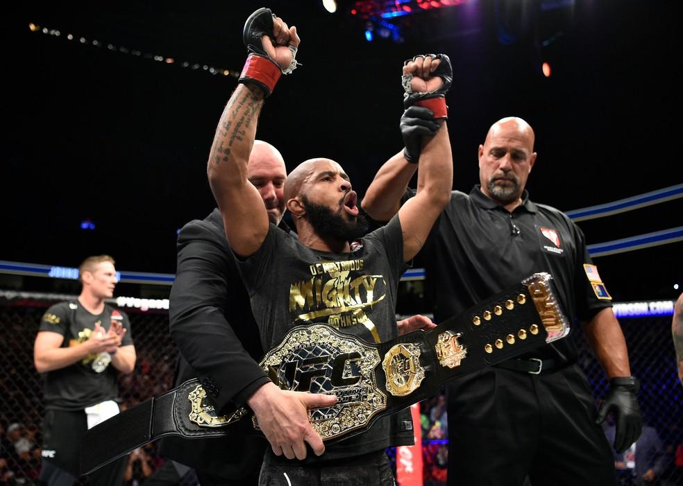 Demetrious Johnson defendeu o cinturão do UFC 11 vezes consecutivas — Foto: Getty Images