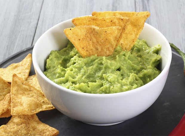Guacamole com cenoura (Foto Stock Photos)
