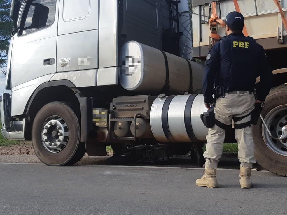Acidente na BR-316, em Trindade, deixou dois adolescentes mortos — Foto: PRF / Divulgação